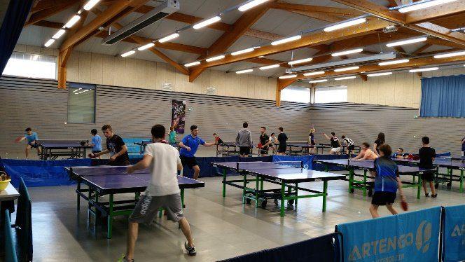 Jouer au ping cet été